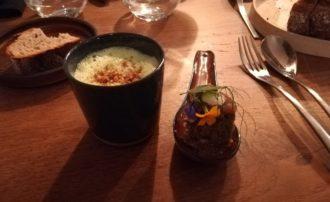 Quinoa d'Anjou, consommé de boeuf et Capucine