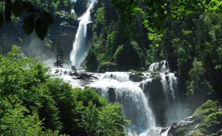 Base des cascades d'Ars